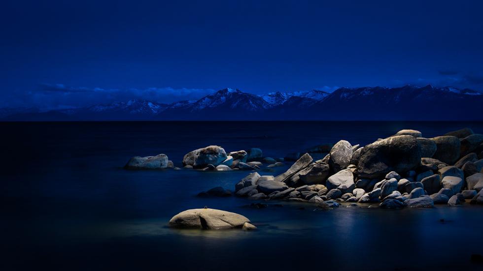 «Какое путешествие мне понравилось больше всего? Исландия, разумеется, — вспоминает Уэст. — Однажды