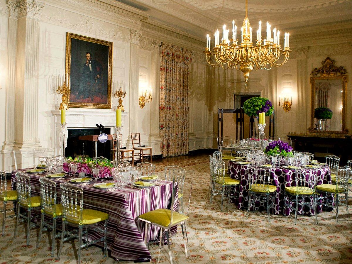 В Белом доме есть две столовые — одна для семьи президента, другая для торжественных обедов с мировы