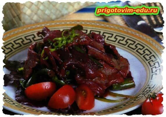 Салат со светлой и говядиной