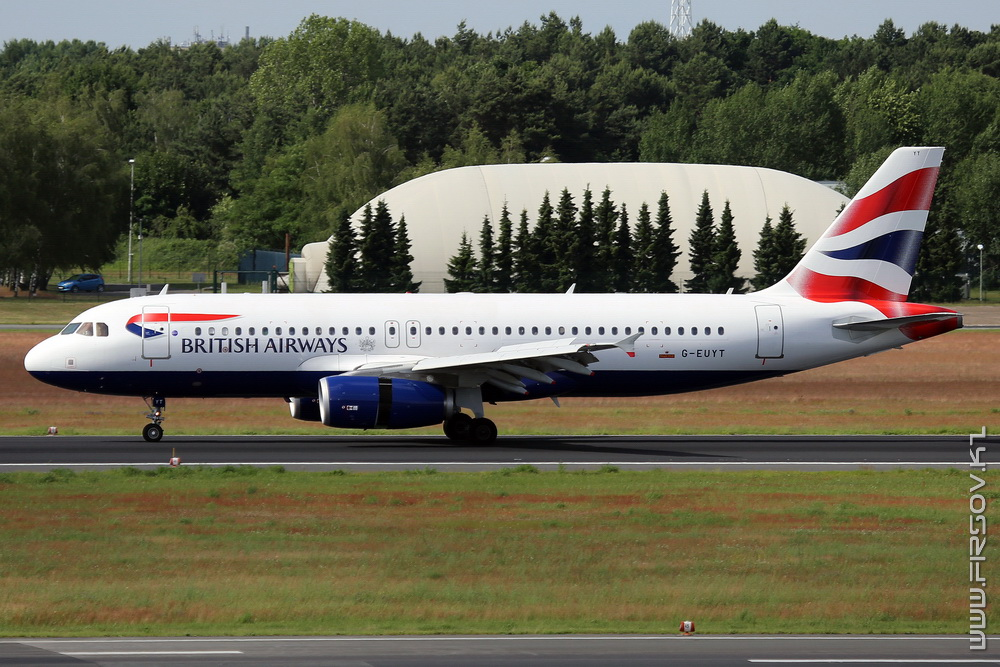 A-320_G-EUYT_British_Airways_1_TXL_resize.jpg