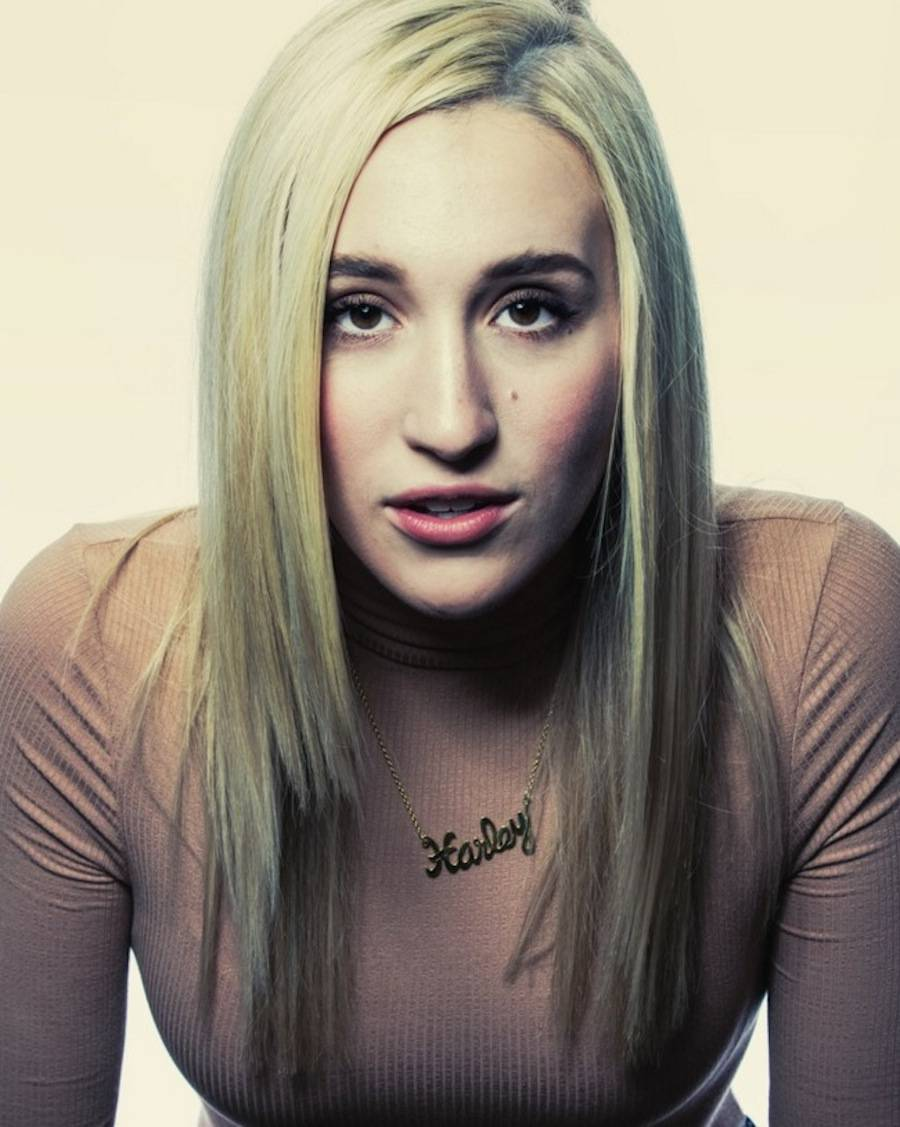 Harley Quinn Smith, Yoga Hosers.