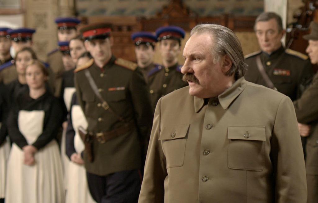 Депардье рубит правду матку  на презентации фильма про Сталина