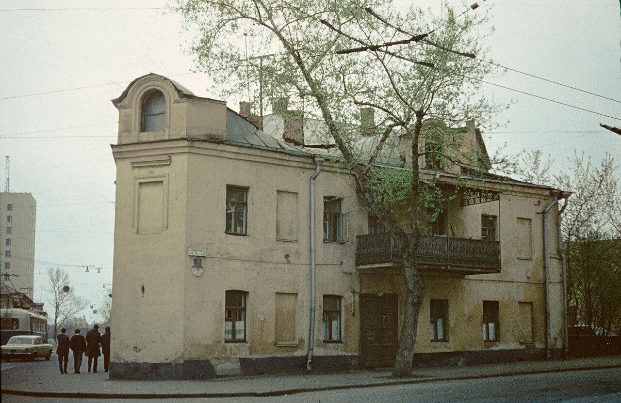 397305 Большая Коммунистическая улица (ныне - Александра Солженицына), дом 48 Сергей Бессмертный.jpg