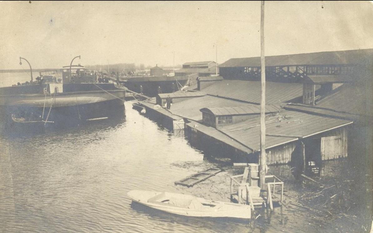 Вид на Гороховецкий котельно-судостроительный завод