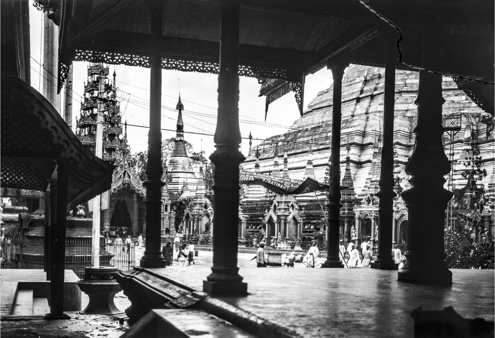 832. Рангун. Малая пагода Шведагон