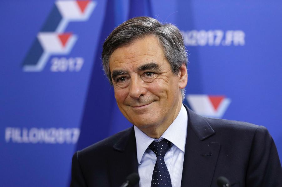 Франсуа Фийон.png
