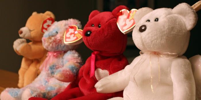 14. Beanie Babies Обычного плюшевого медвежонка вы вряд ли сможете продать за хорошие деньги. Совсем