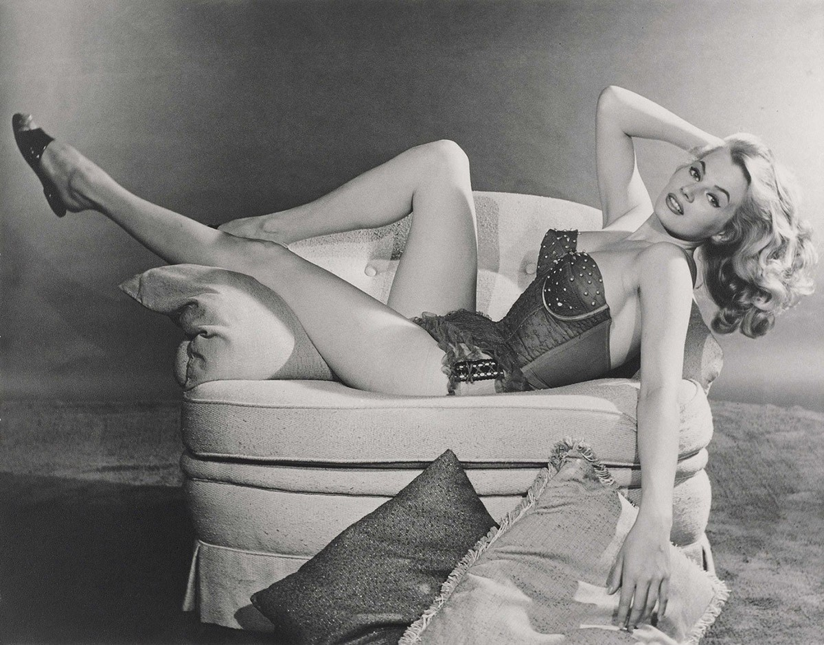 Девушки, задававшие тон пинап-моде 1950-х (7 фото)
