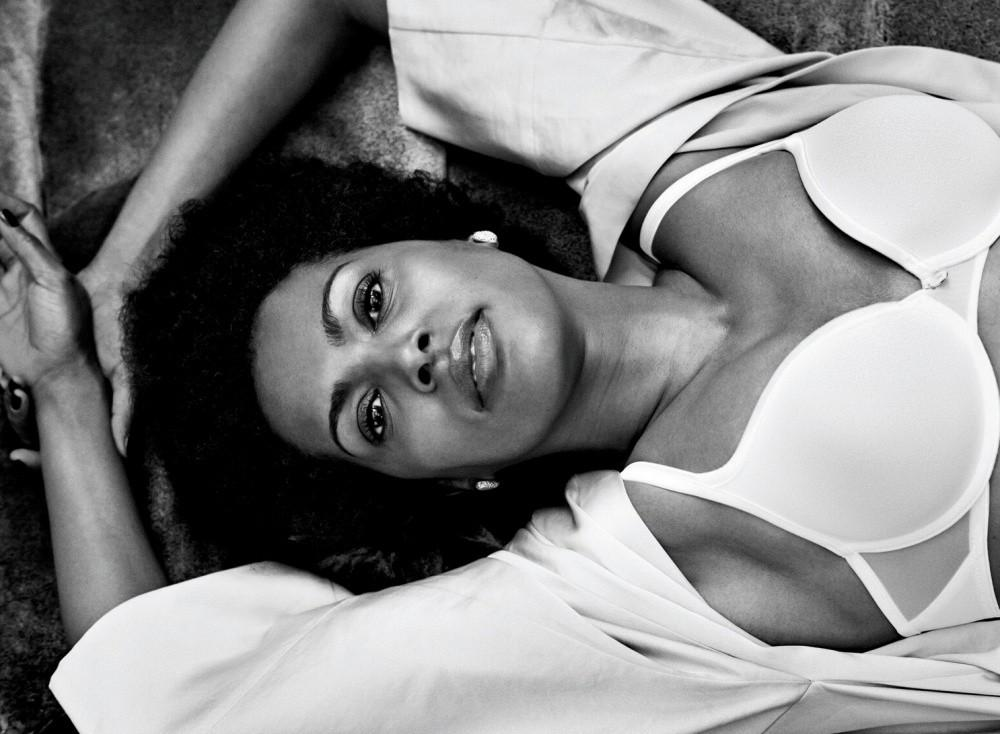 Для рекламы нижнего белья фотограф использовал обычных женщин вместо моделей (26 фото)