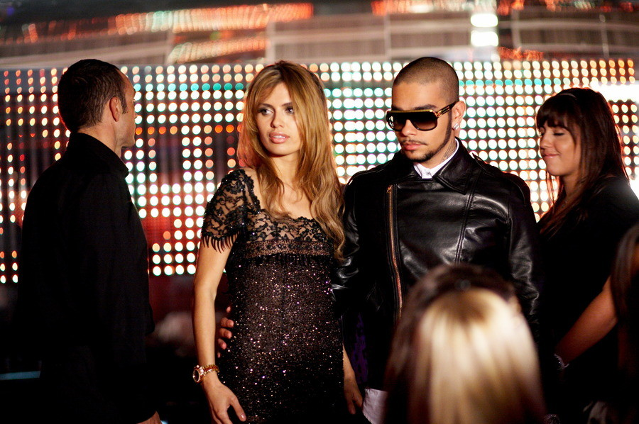Аналогичная история произошла и с Димой Биланом, который также снимал клип с Викторией Боней. Слухов