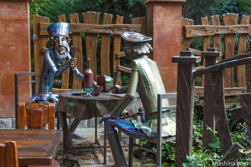 Необычные кованные скульптуры Акопа Халафяна