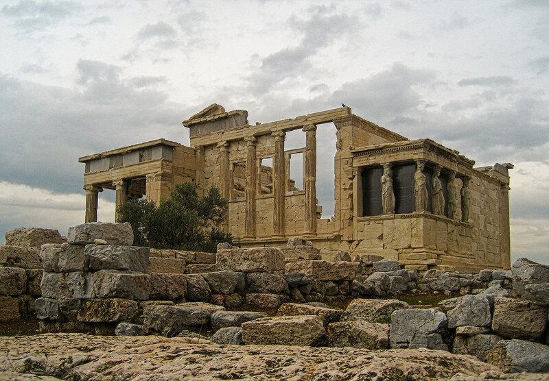 Эрехтейон — памятник древнегреческой архитектуры
