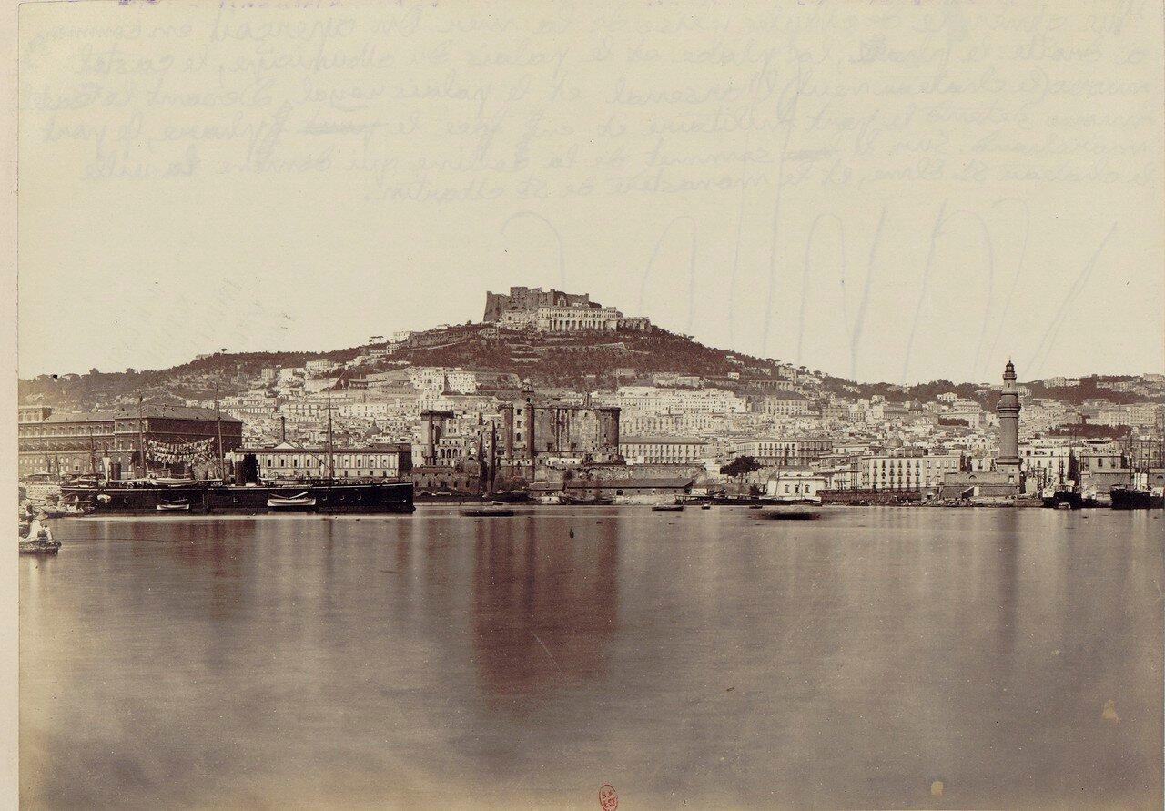 04. Вид на Неаполь, Королевский замок, Кастель-Нуово, маяк и замок Сант-Э́льмо
