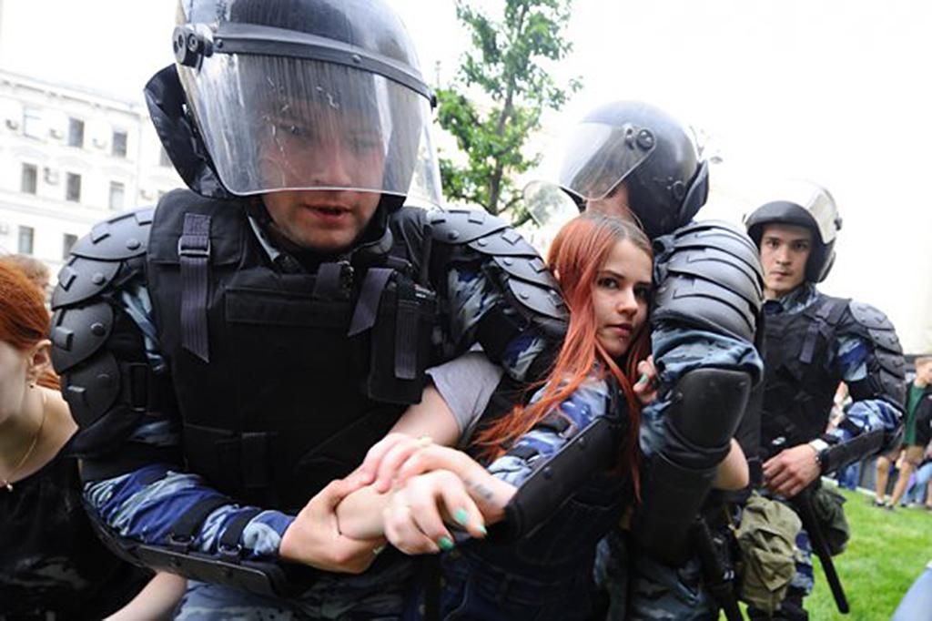 Задержание на Тверской 12 июня, 2017, Фото:-Антон Сергиенко/РБК(5)