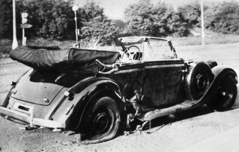 Bundesarchiv_Bild_146-1972-039-44,_Heydrich-Attentat.jpg