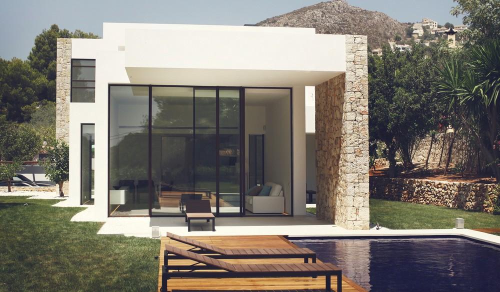 Дом на берегу Средиземного моря в Испании