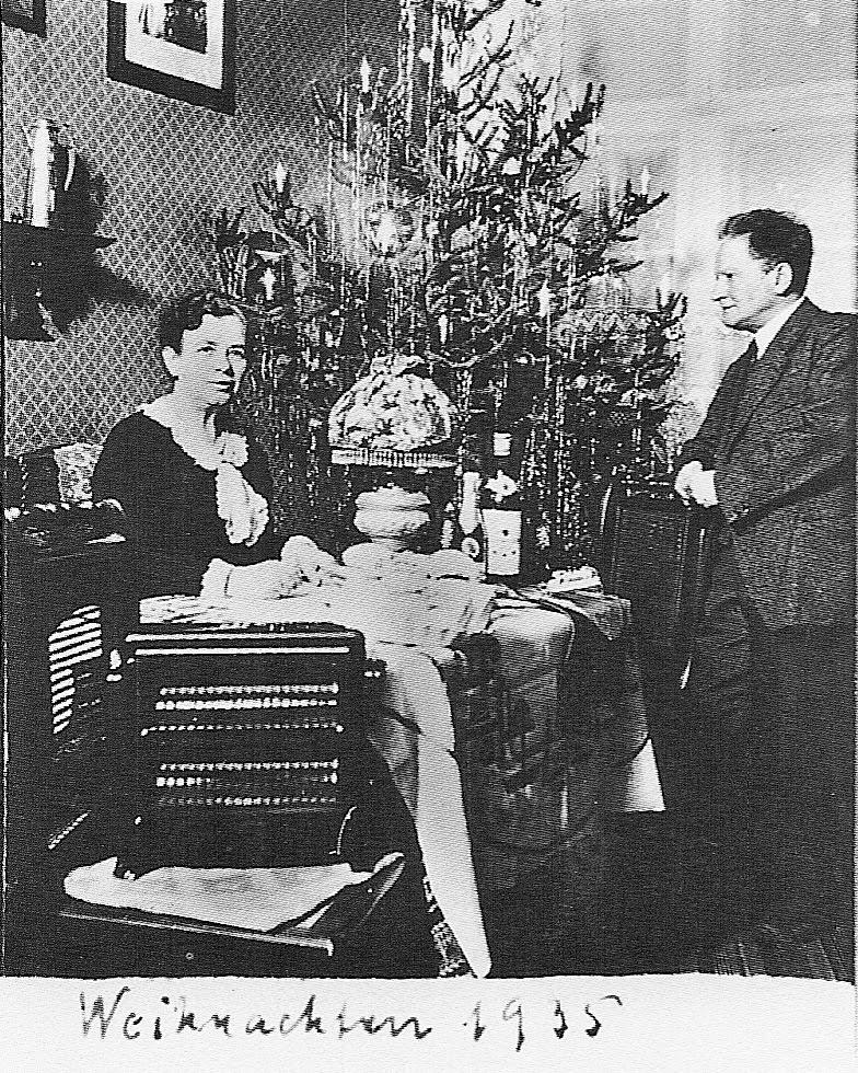 Их последняя совместная фотография датирована 1942 годом. Анна умерла три года спустя, а Рихард скон