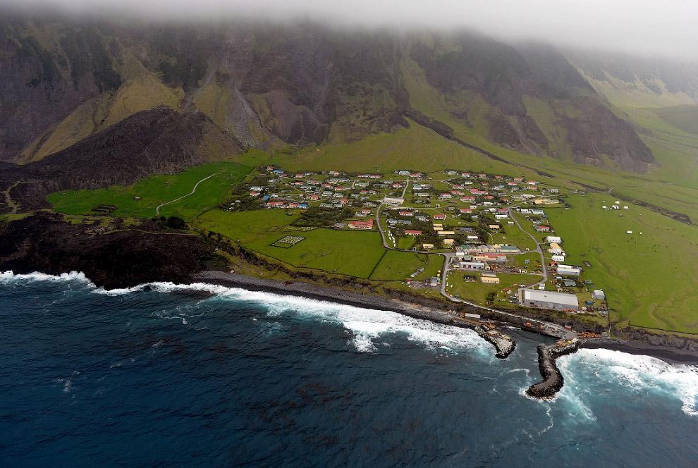 29. Считается, что архипелаг открыл в 1506 году португалец Тристан да Кунья, но при этом он не