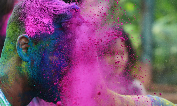 Фестиваль красок Холи 2017 (22 фото)