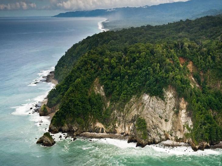 Это место, окутанное романтикой авантюризма, известно как «Мекка кладоискателей», а также счита