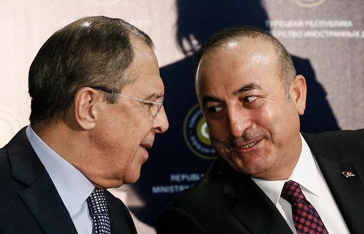 Лавров обсудил сколлегами изТурции иИрана ситуацию вСАР