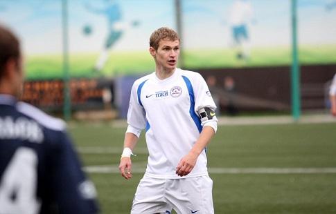 Футболист «Армавира» Мязин ударил арбитра