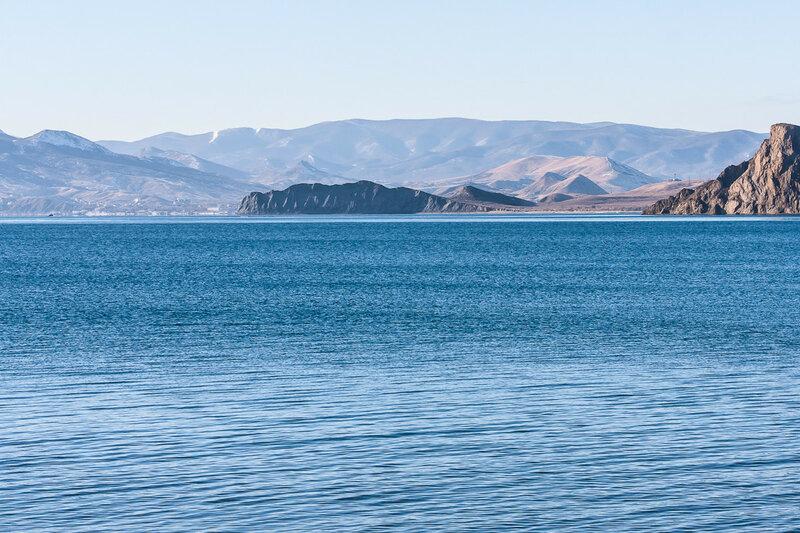 Вид на мыс Хамелеон и Тихую бухту из Орджо