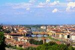 Вид на Флоренцию и реку Арно