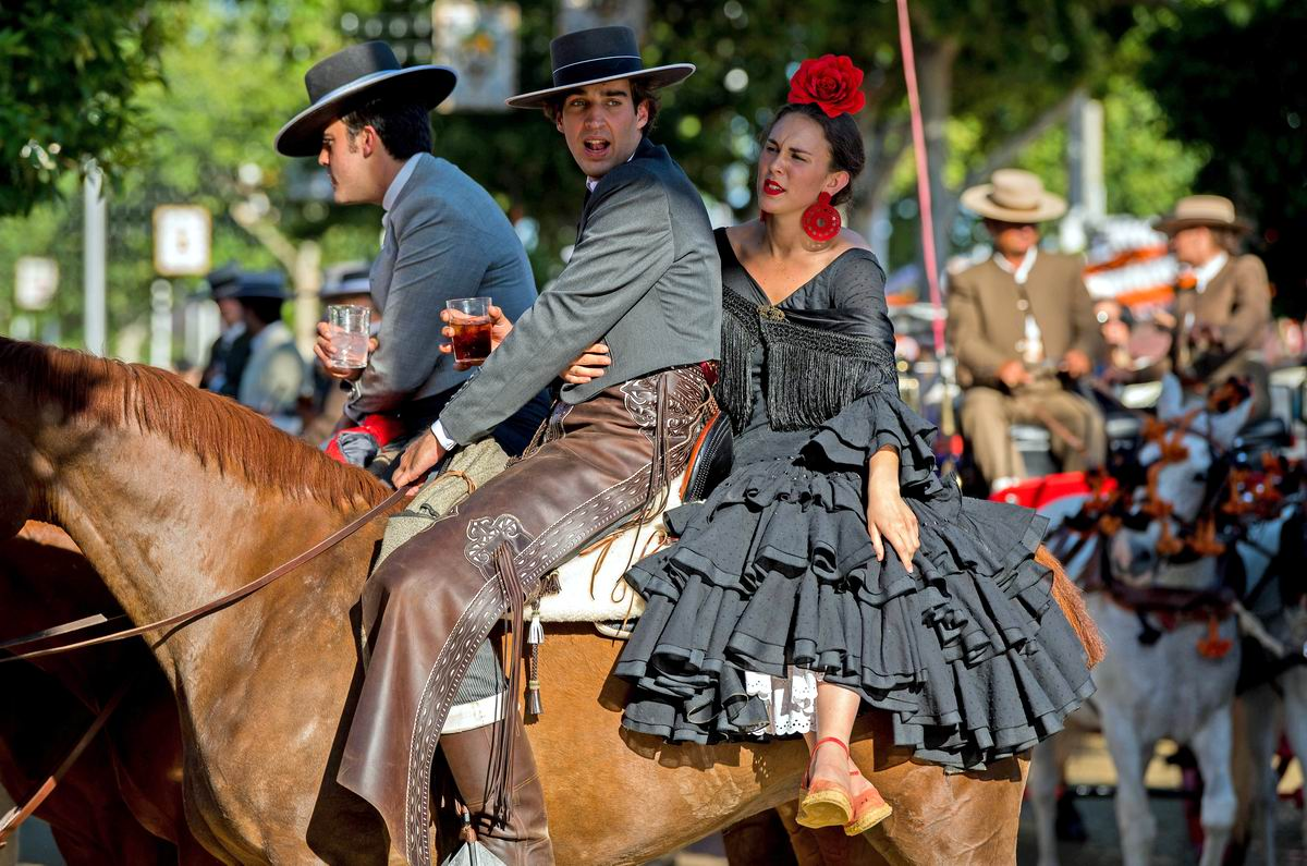 Пей свое вино и не глазей по сторонам - я от тебя все равно не отстану: Испанский кавалер и его благоверная