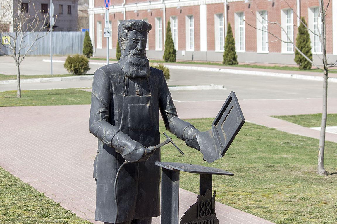 Памятники новосибирск цены Ковров на берегу моря завод изготовление памятников 6 Выборгская