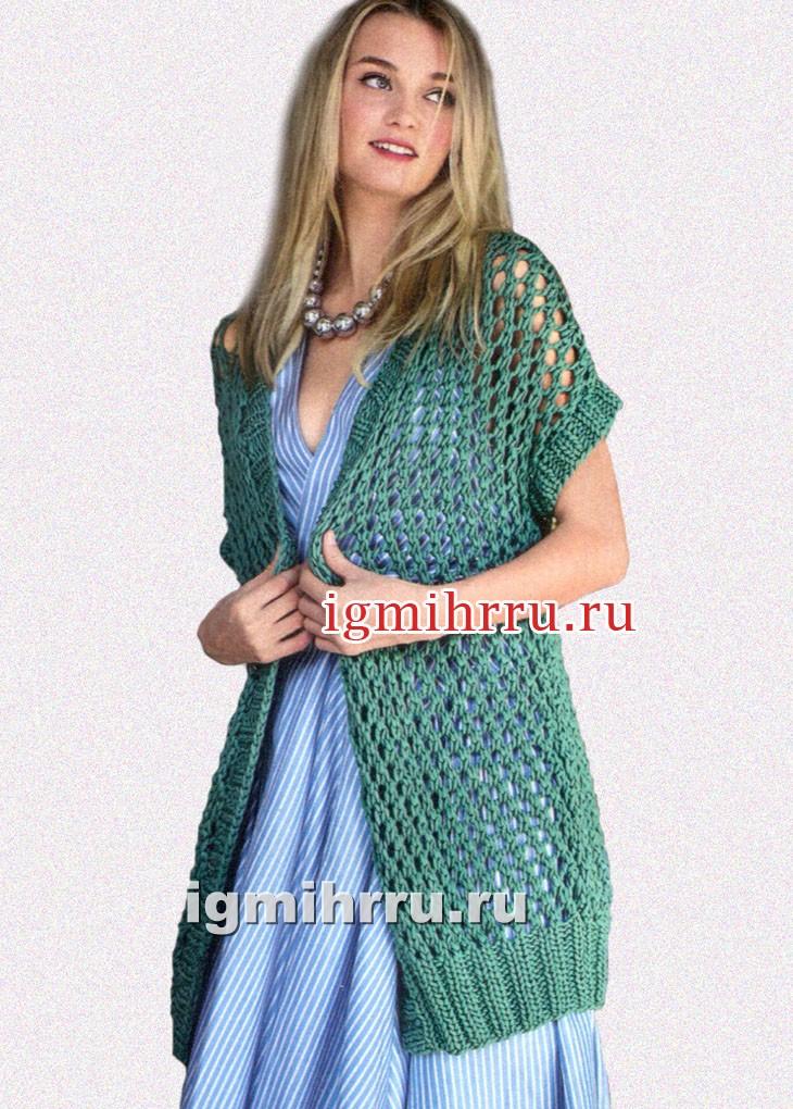 Удлиненный ажурный жилет изумрудного цвета. Вязание спицами