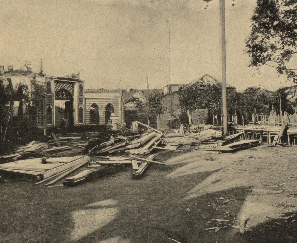 111206 Ресторан «Золотой якорь» после урагана М. Грибов.jpg