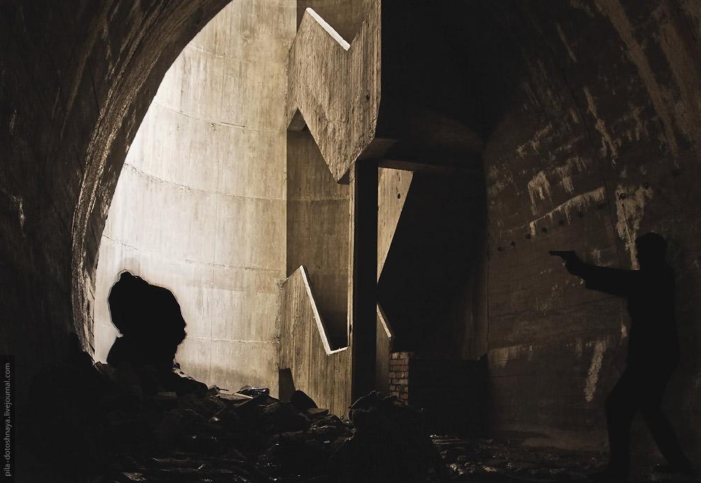 С марта 1935 года немцы приступают к возведению подземной части комплекса — Лагерю Дождевого Че