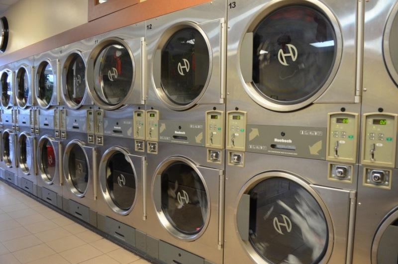 Причина № 2 — запрет арендодателей Большинство арендодателей запрещает жителям устанавливать стираль