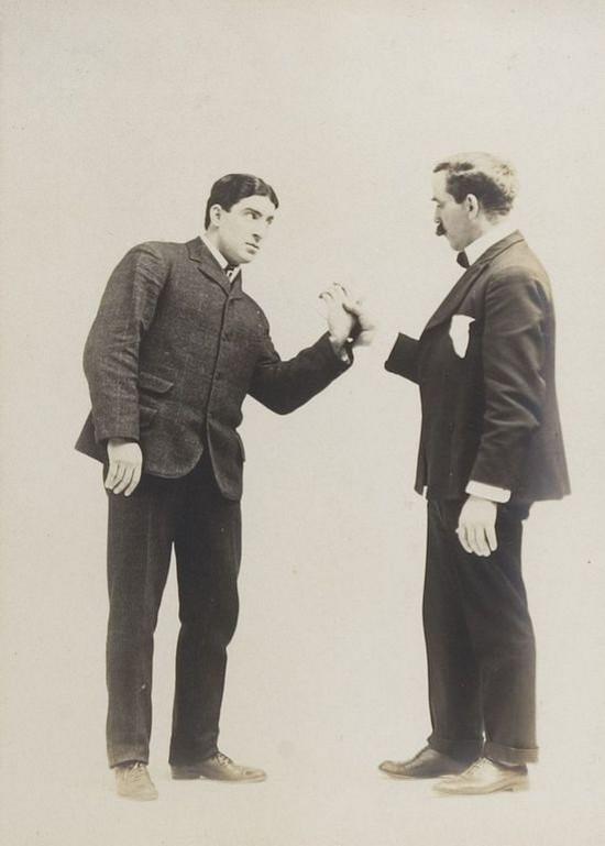 Приёмы самообороны для джентльменов из фотоальбома 1895 года (29 фото)