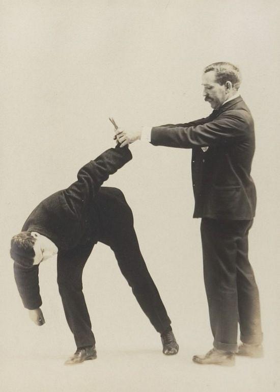 Приёмы самообороны для джентльменов из фотоальбома 1895 года