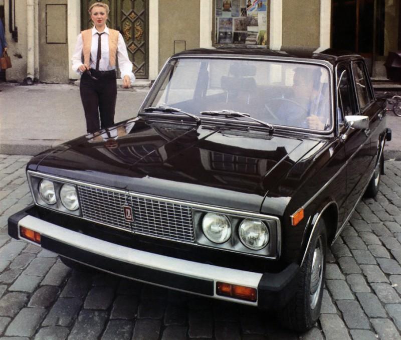 Первой моделью, которую АвтоВАЗ решил поставлять в Канаду, стал ВАЗ-2106, точнее, его «канадская» ве