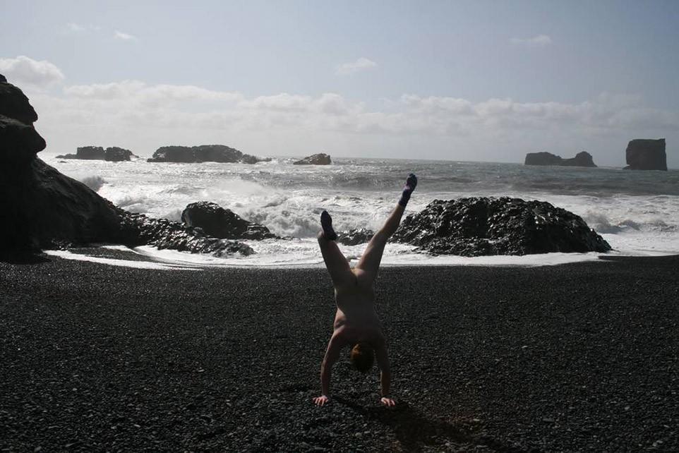 17. Исландия