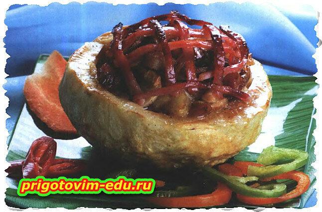 Сельдерей фаршированный мясом с грибами под соусом