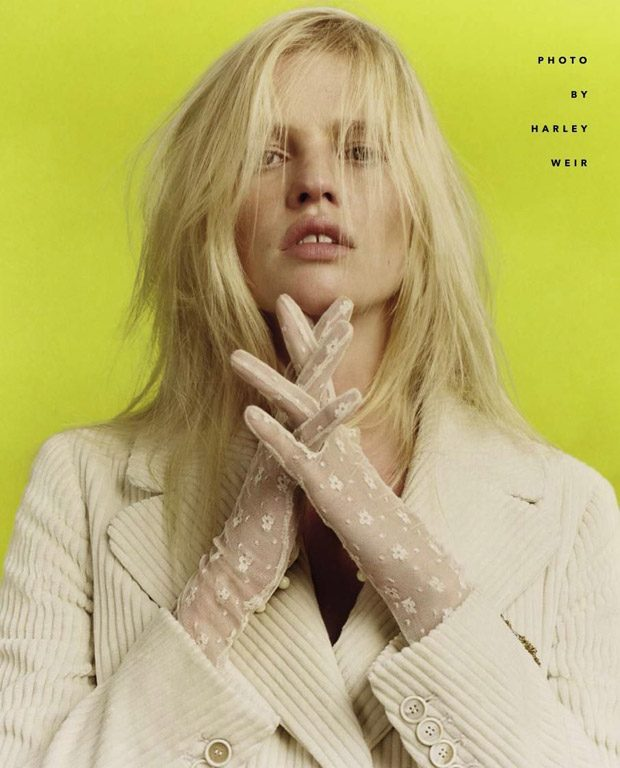 Lara Stone is the Cover Star of Vogue Italia August 2017 Issue