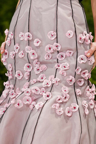 Искусственные цветы в одежде и аксессуарах 0_16c667_575067fc_L