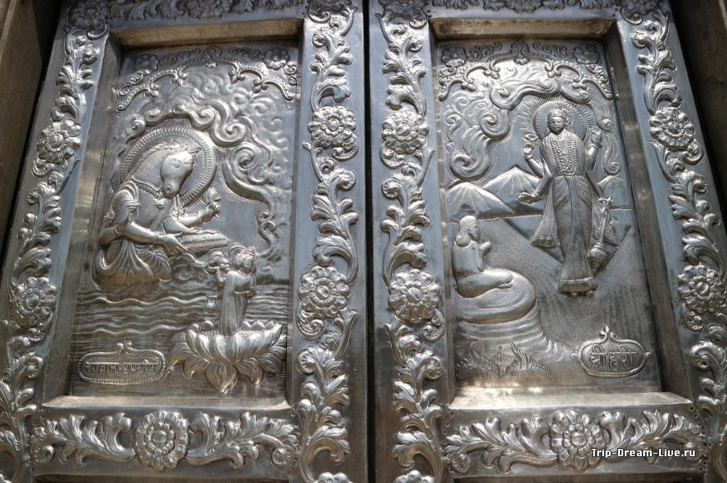 Храм Дургиана Мандир (Серебрянный храм)