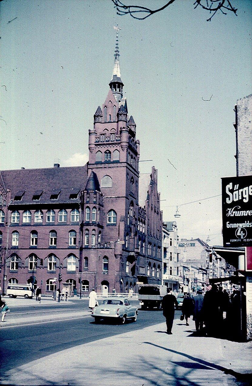 Берлин. Ратхаус Штеглиц