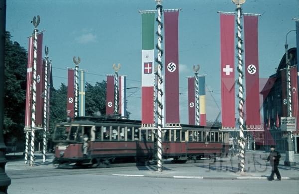 stock-photo-tram-near-the-konzerthaus-in-vienna-austria-1943-9806.jpg
