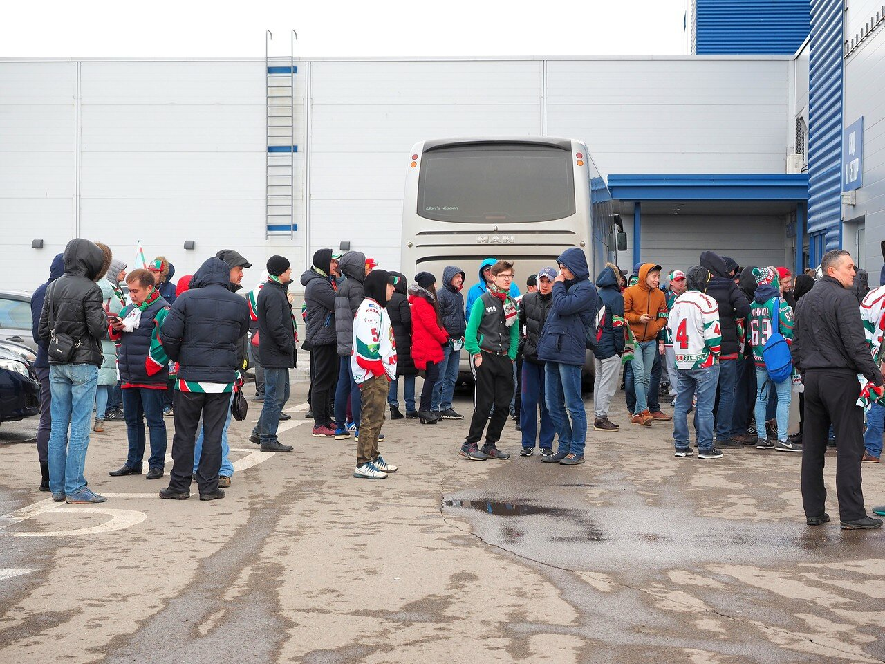 1 Первая игра финала плей-офф восточной конференции 2017 Металлург - АкБарс 24.03.2017