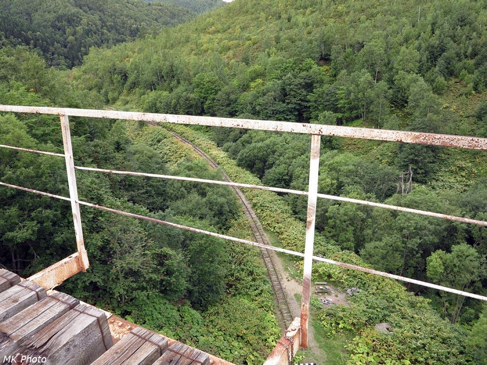 Вид с Чёртова моста на нижнюю часть петли
