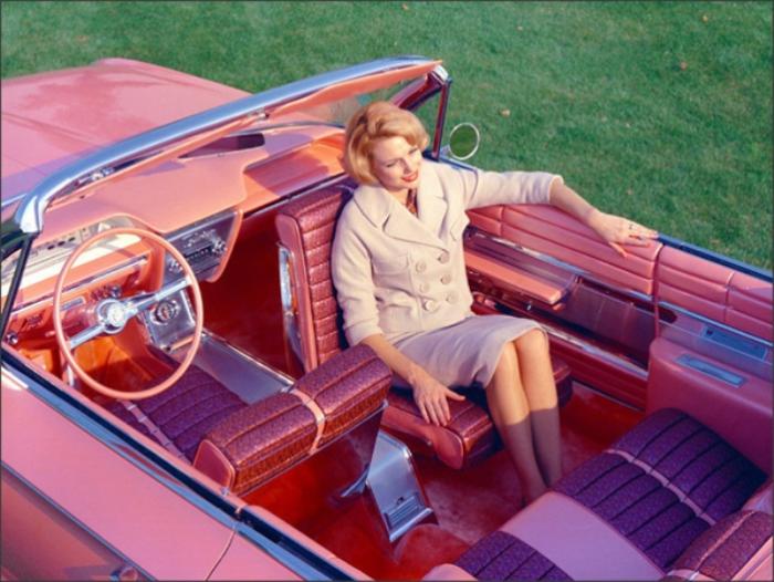 Крутиться, просто невероятно. Buick Flamingo 1961 года, который был создан специально для шоу Genera