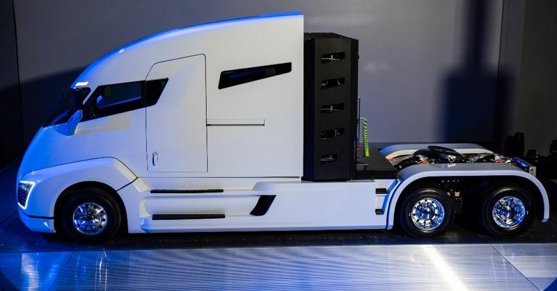Разработчики заявляют, что по расходу топлива тягач в полтора-два раза экономичнее сопоставимой по х