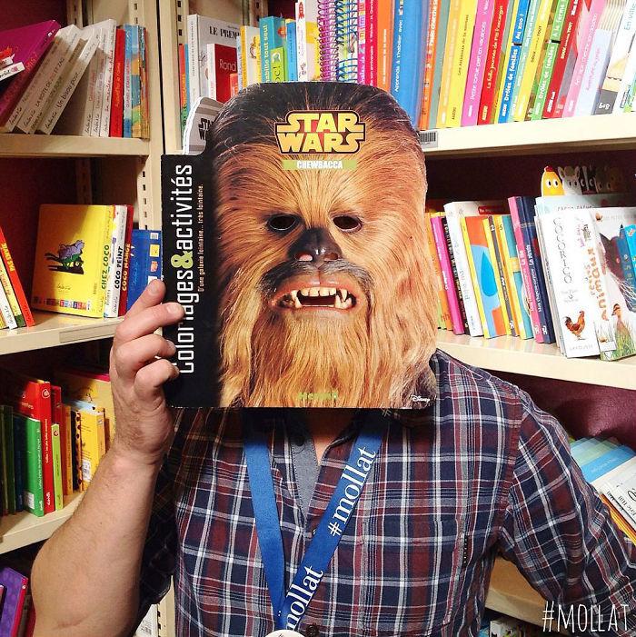 Что делают с книгами продавцы, когда им нечем заняться