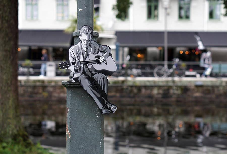 Miniature Woodcut Silhouettes Street-Art